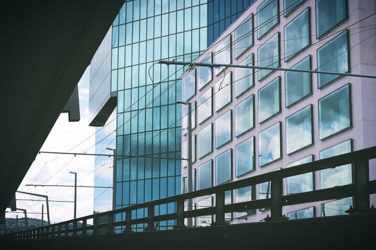 Kredyt darmowy – co można zyskać na unieważnieniu umowy?